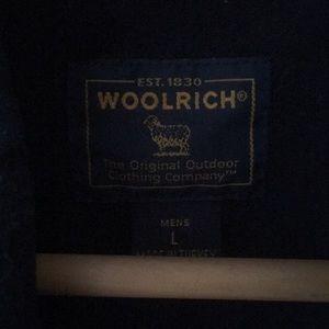 Wool rich men's shirt.